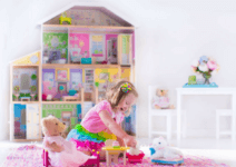 Gift Guide: The Best Doll Houses & Accessories For Your Doll-Obsessed Girl (or Boy!)