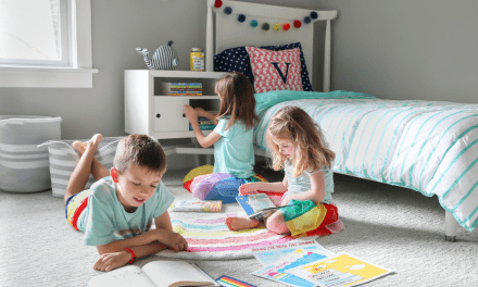 How To Get Your Kids To Read This Summer (With Free Printable Summer Reading Kit!)