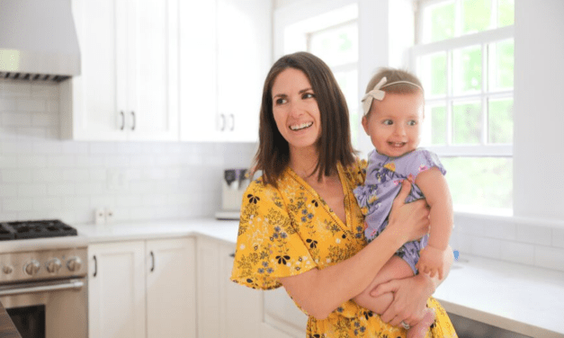 How To Live A More Natural, Non-Toxic Lifestyle. 8 Simple Changes To Detox Your Family's Home & Health.